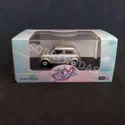 Oxford 1:43 MINI - Just Married