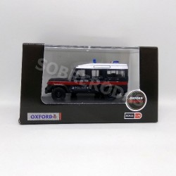 Oxford 1:76 Land Rover Defender LWB Station Wagon (Hong Kong Police)