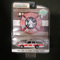 Greenlight 1:64 1985 Ford LTD Crown Victoria Wagon (Hobby Exclusive)