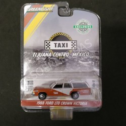 Greenlight 1:64 1988 Ford LTD Crown Victoria (Hobby Exclusive)