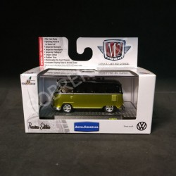 M2 Machines 1:64 1958 Volkswagen Microbus 15 Window USA Model