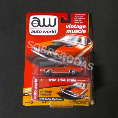 Auto World 1:64 1972 Dodge Challenger (Hobby Exclusive)
