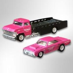 Hot Wheels 1:64 '68 Dodge Dart + Horizon Hauler (Team Transporter 25)