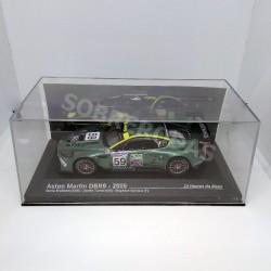 IXO Models 1:43 2005 Aston Martin DBR9