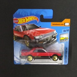 Hot Wheels 1:64 '82 Nissan Skyline R30